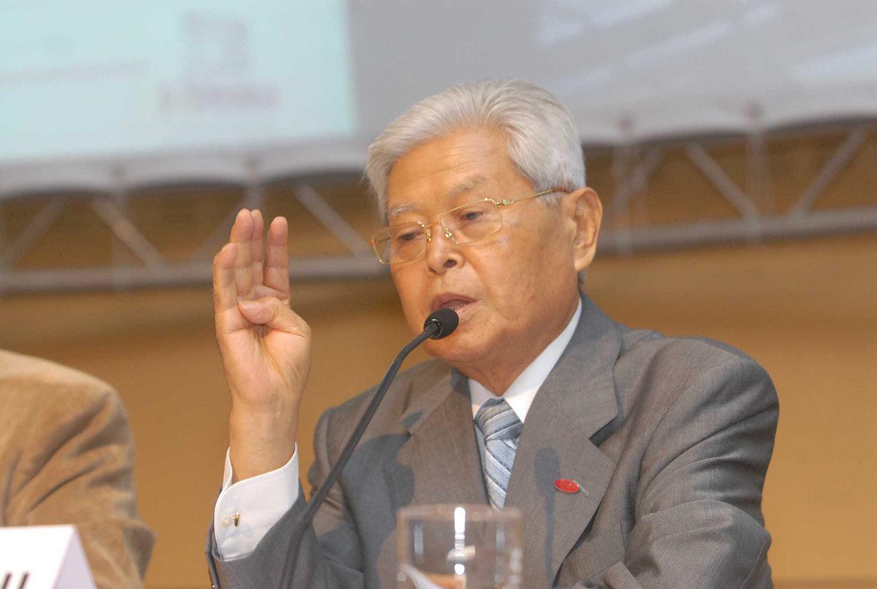 Yoshihito Wakamatsu
