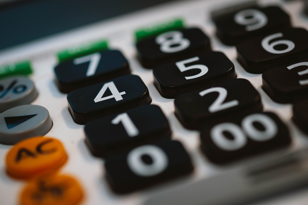 calculator-bilancio-conti-820330_1280