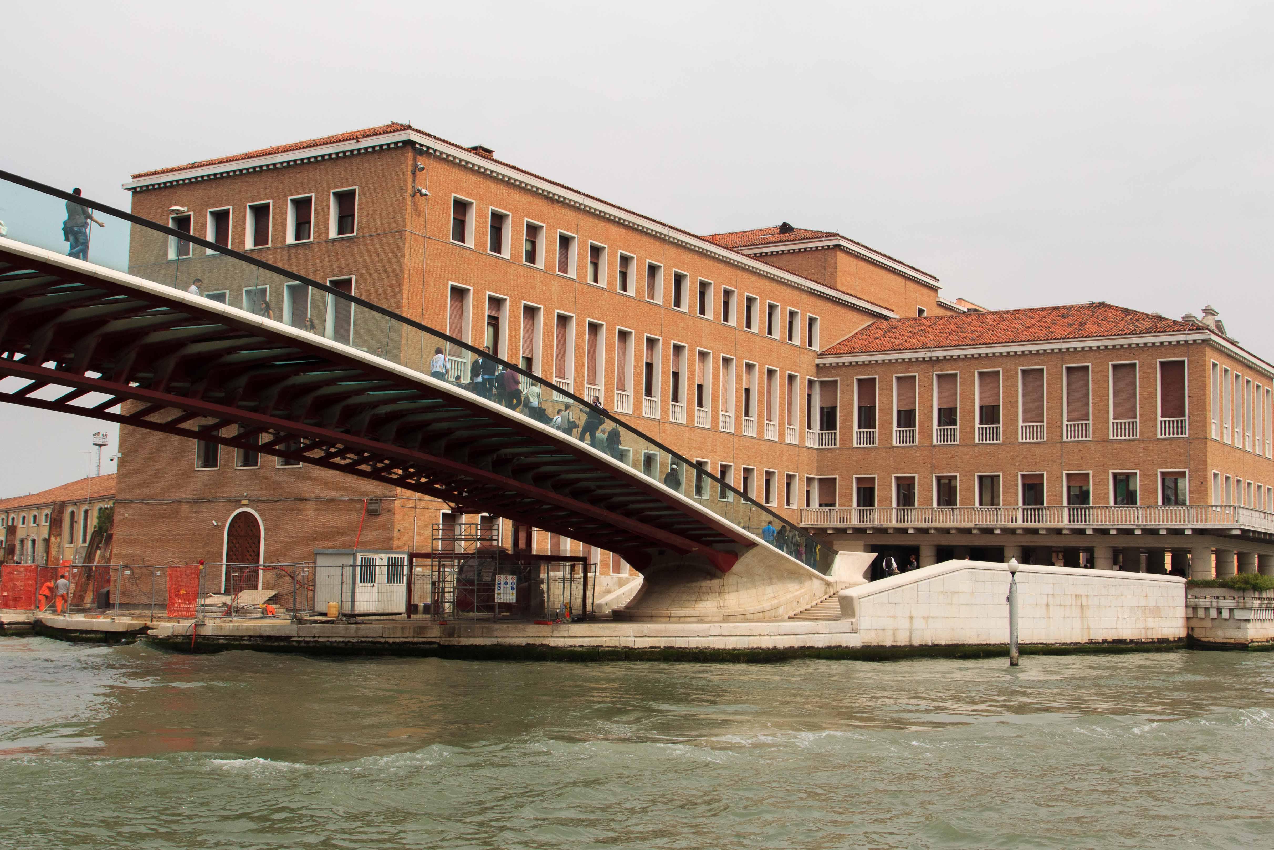 palazzo-grandi-stazioni-venezia