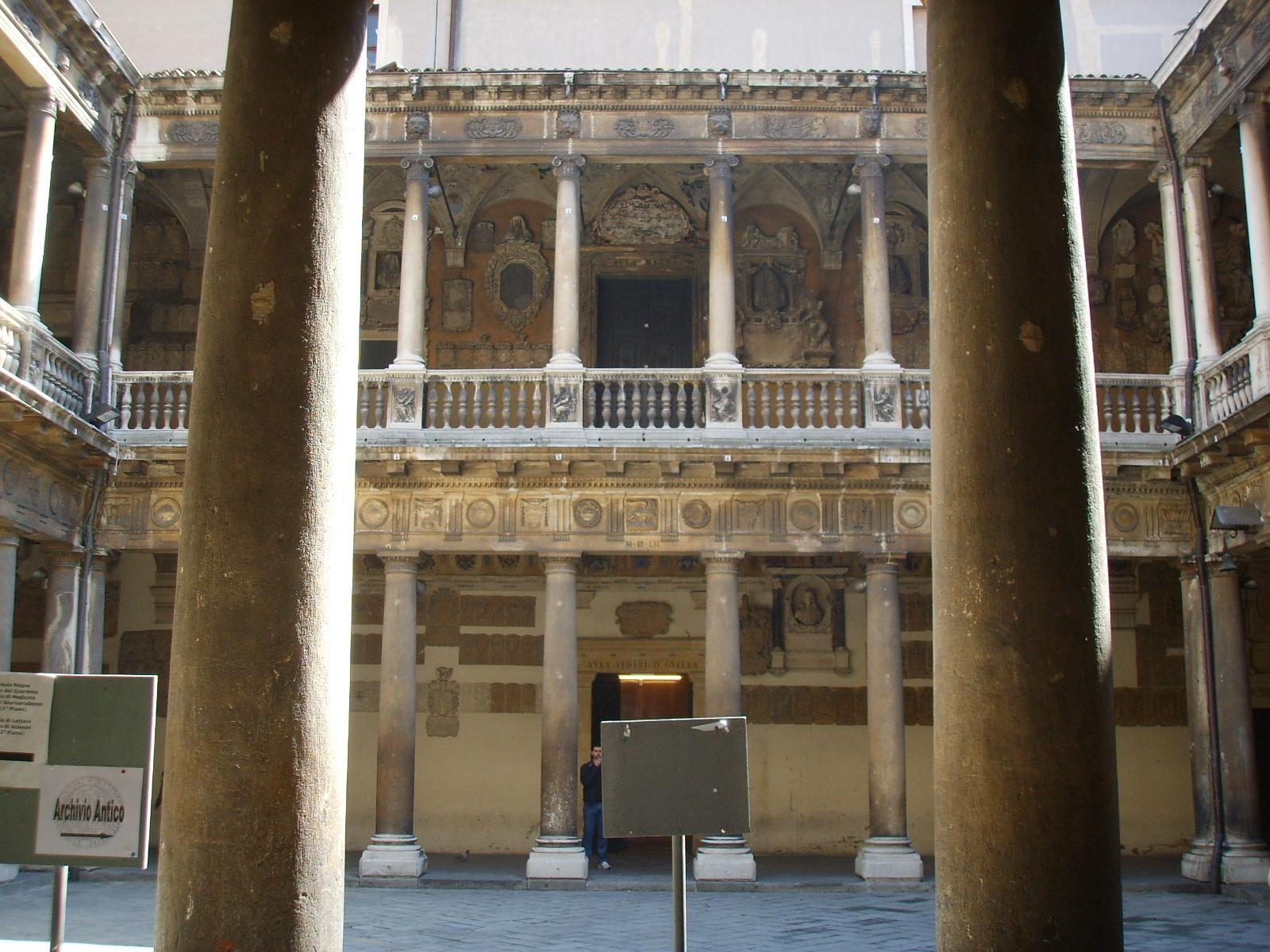 Università di Padova palazzo Bo