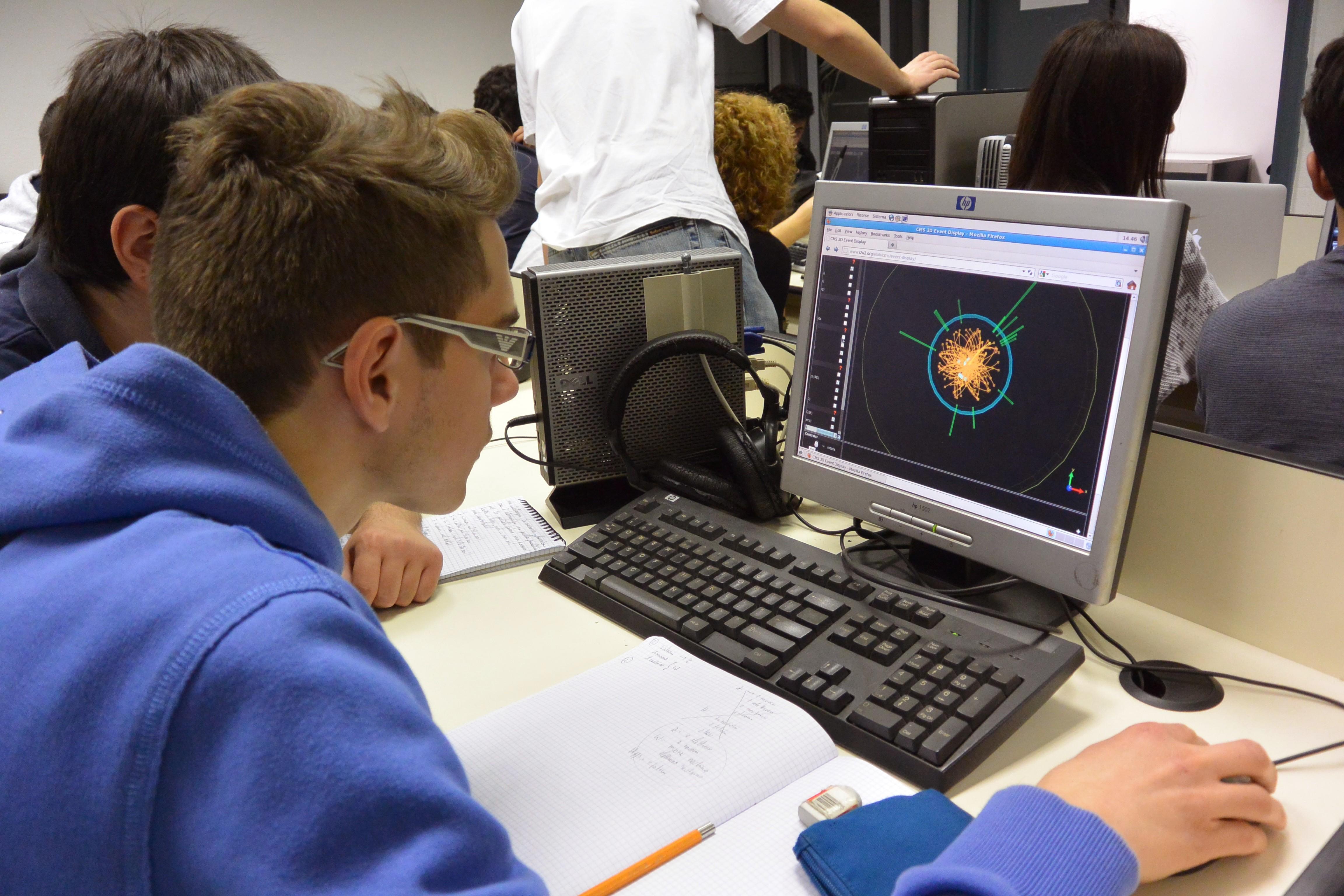 masterclass INFN studia la fisica e il Bosone di Higgs