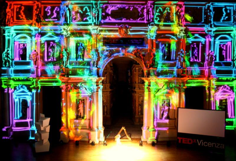 Video mapping drawlight