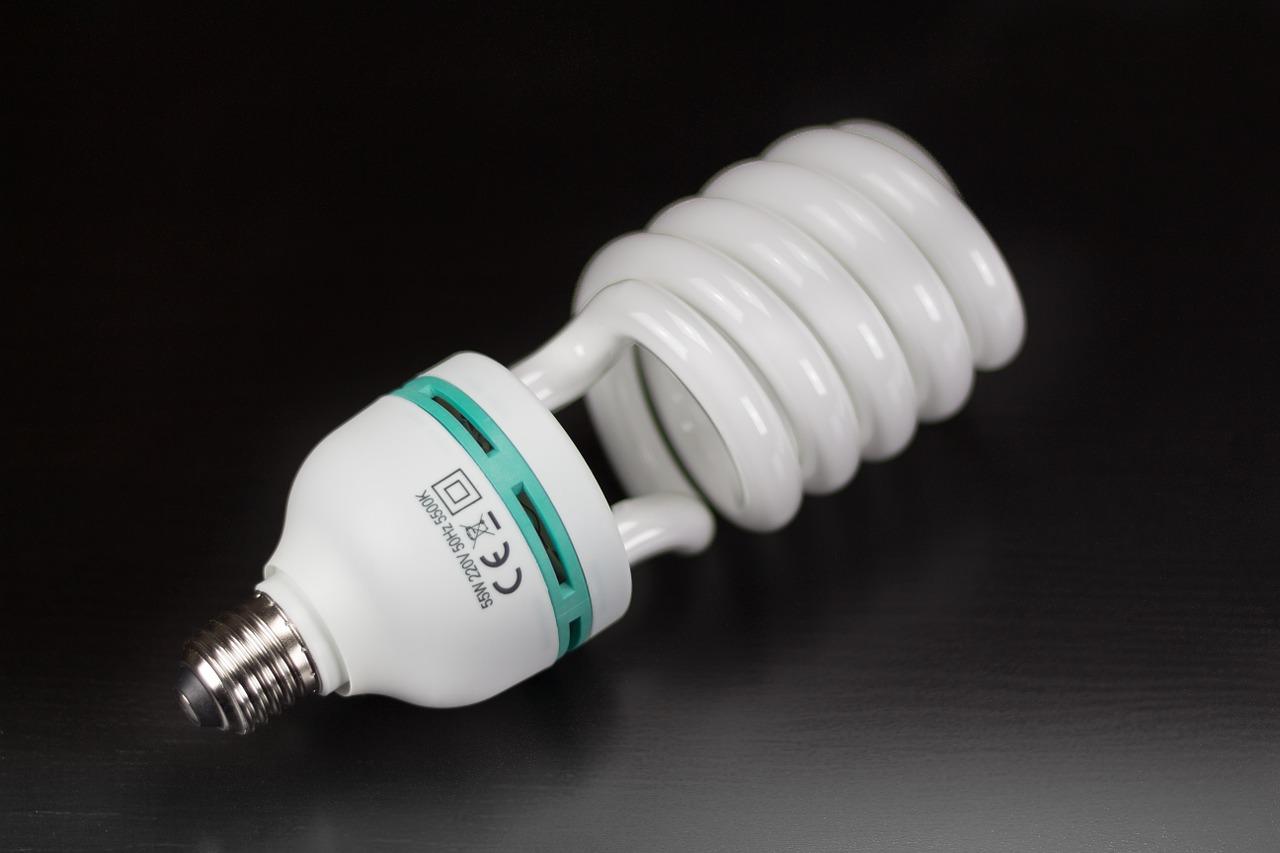 lampadina energia