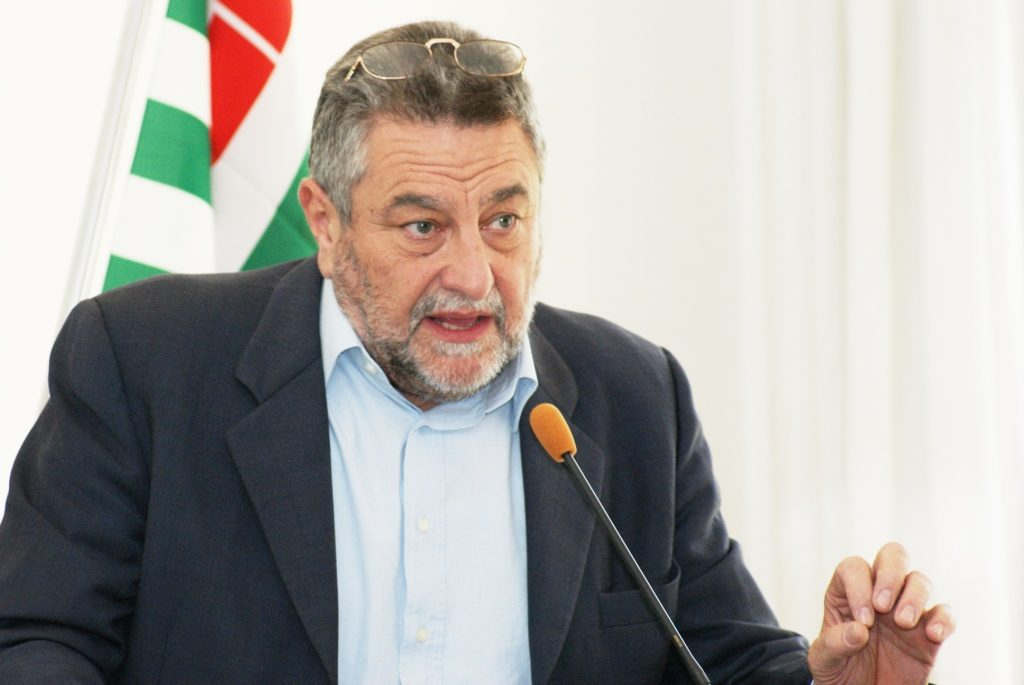 Adiconsum, Rigobon confermato presidente