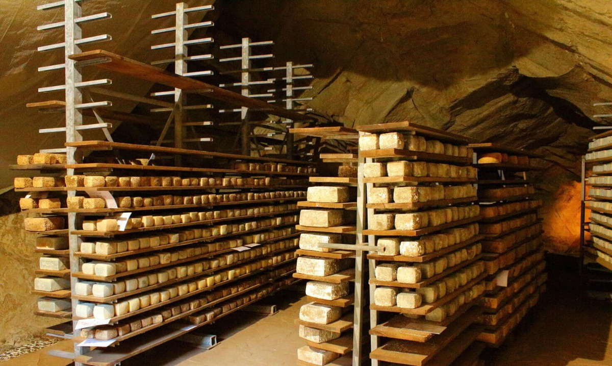formaggio Agricansiglio grotte Calderon