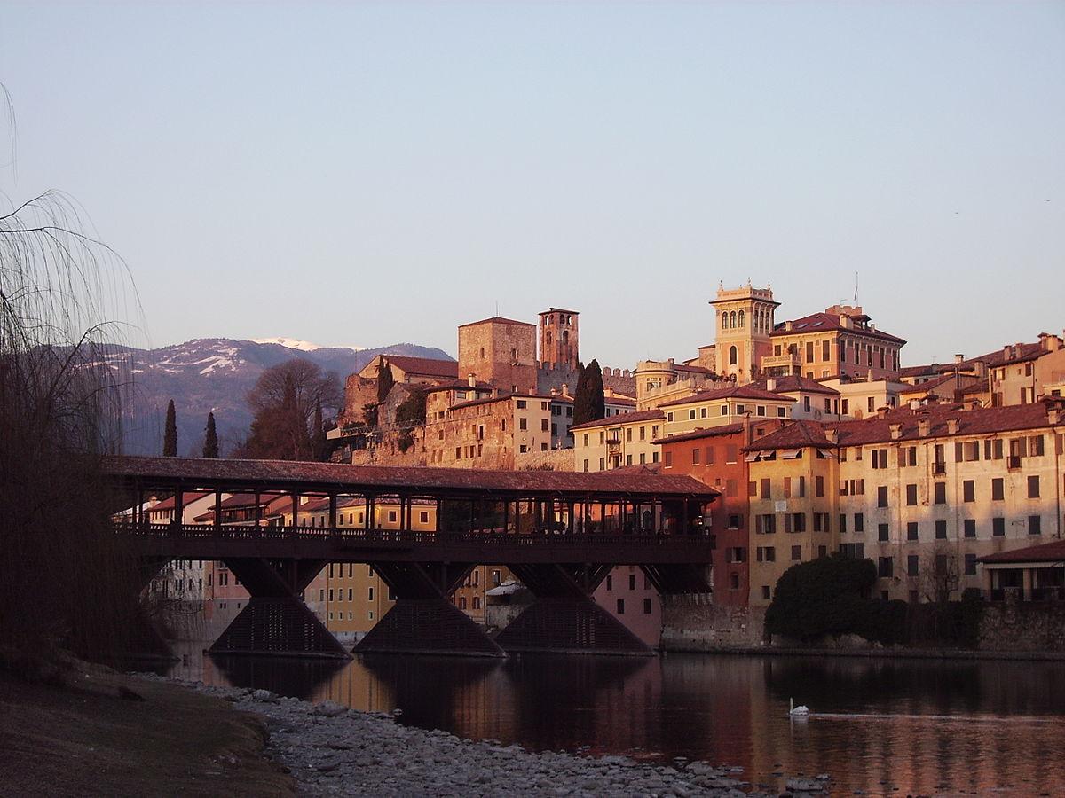 Bassano del Grappa, bando per negozi e artigianato in centro storico
