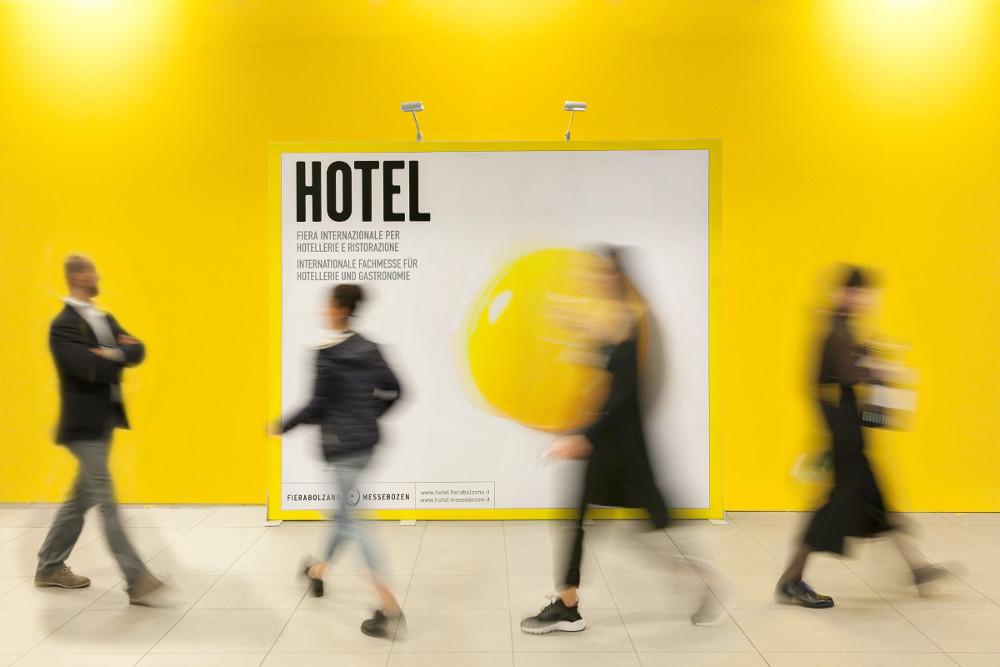 Hotel – Autochtona 2016 Fotografie di Marco Parisi-1-light