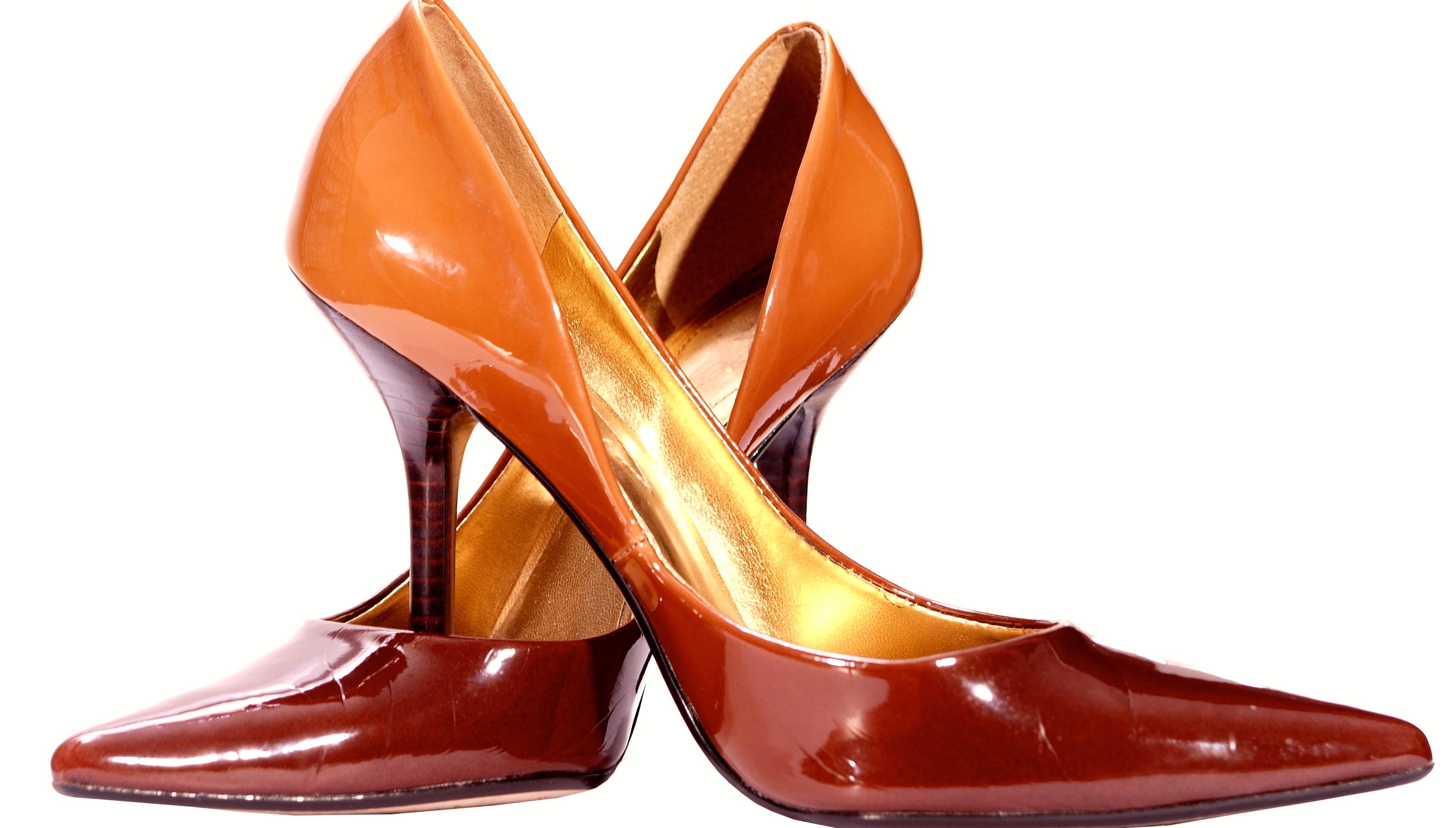 Un paio di scarpe eleganti da donna