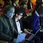 """Il 15enne Cesare Cacitti, il più giovane tra i partecipanti al Premio, dà gli ultimi ritocchi al pitch di presentazione del suo progetto """"Stampante 3D low cost"""""""