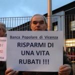 Banca Popolare di Vicenza, la protesta di un socio BpVI