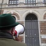 Don Torta corteo Banca Popolare di Vicenza