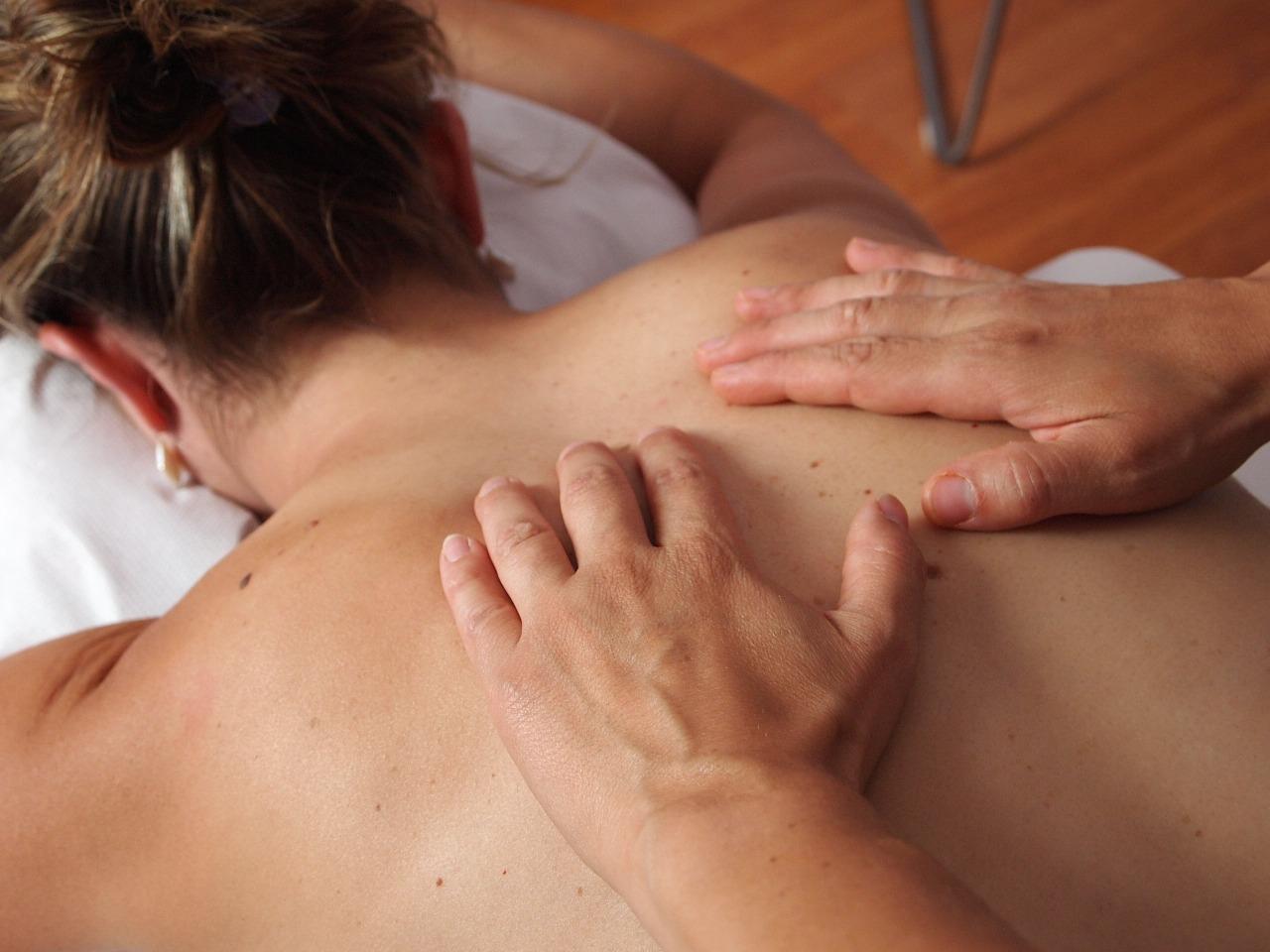 massaggio fisioterapia estetisti
