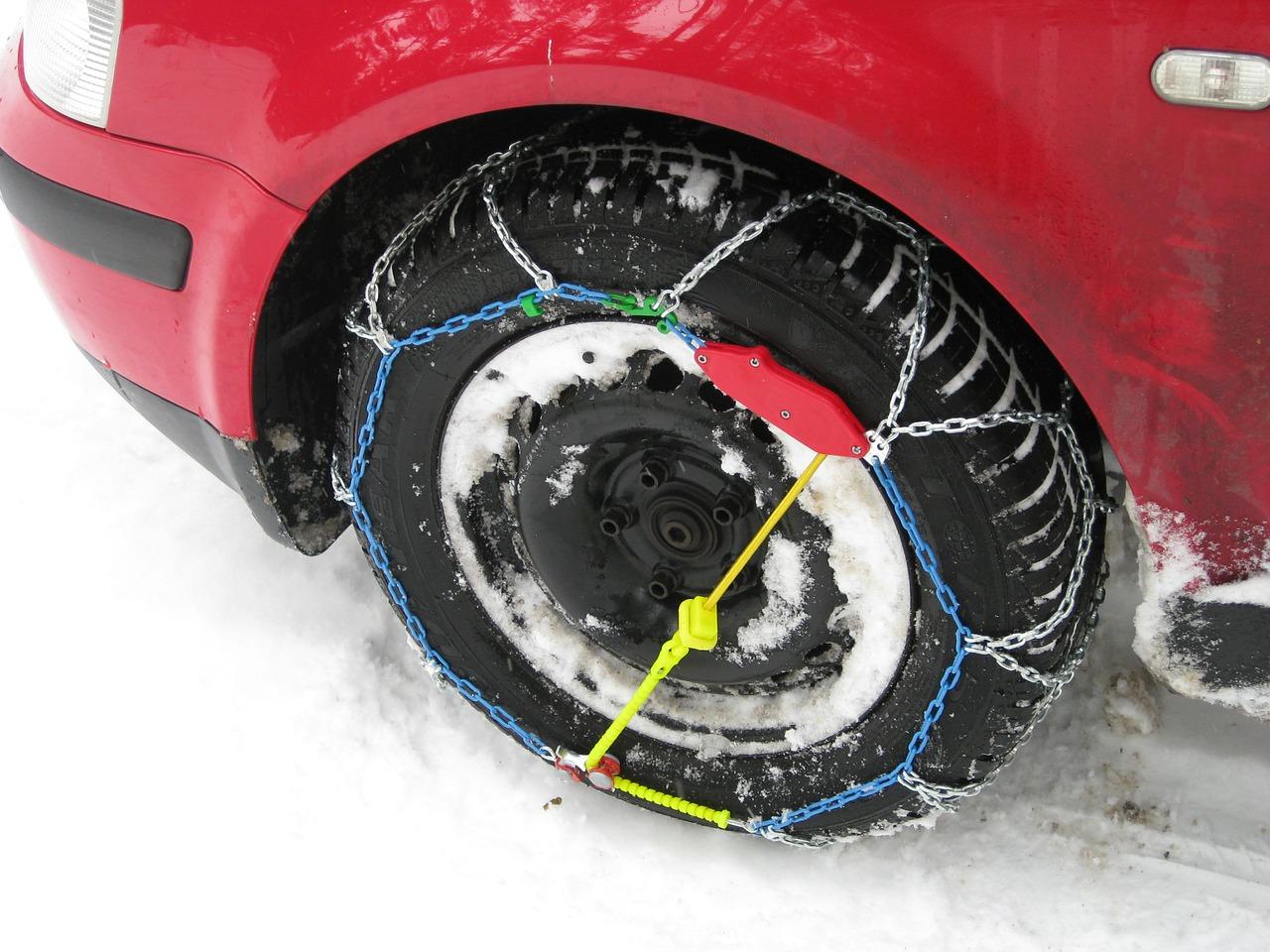 pneumatici gomme da neve catene da neve