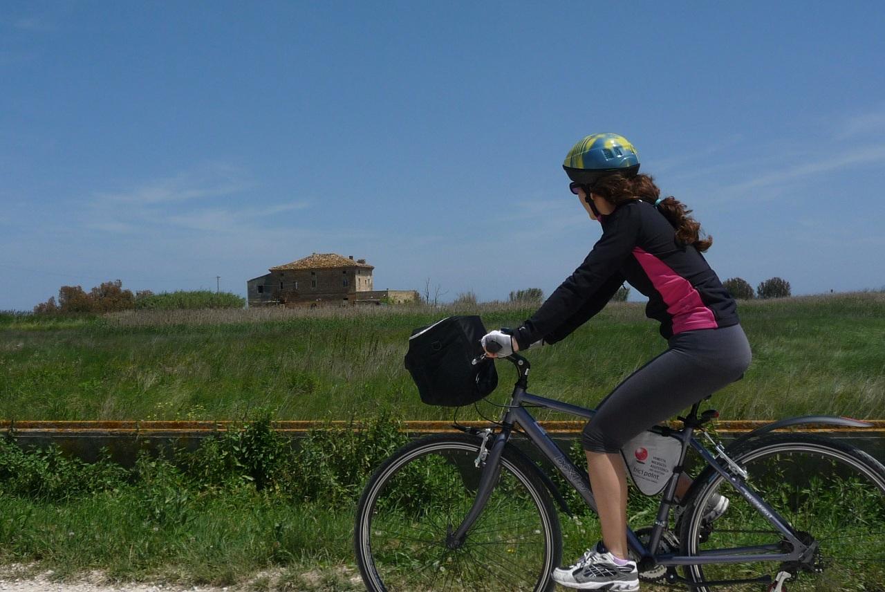 bicicletta turismo cicloturismo