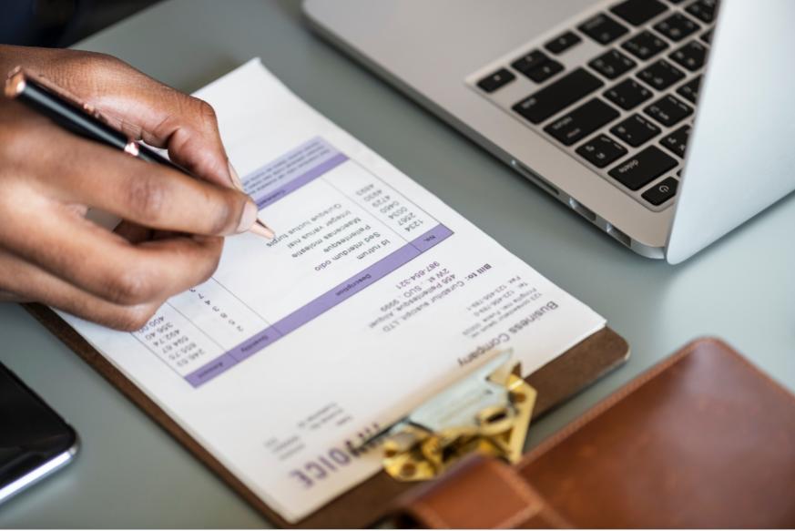 mani -progetto-documenti-tasse-tributi