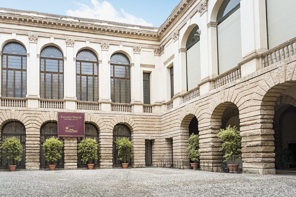 Bain Capital acquisisce gli immobili BpVi